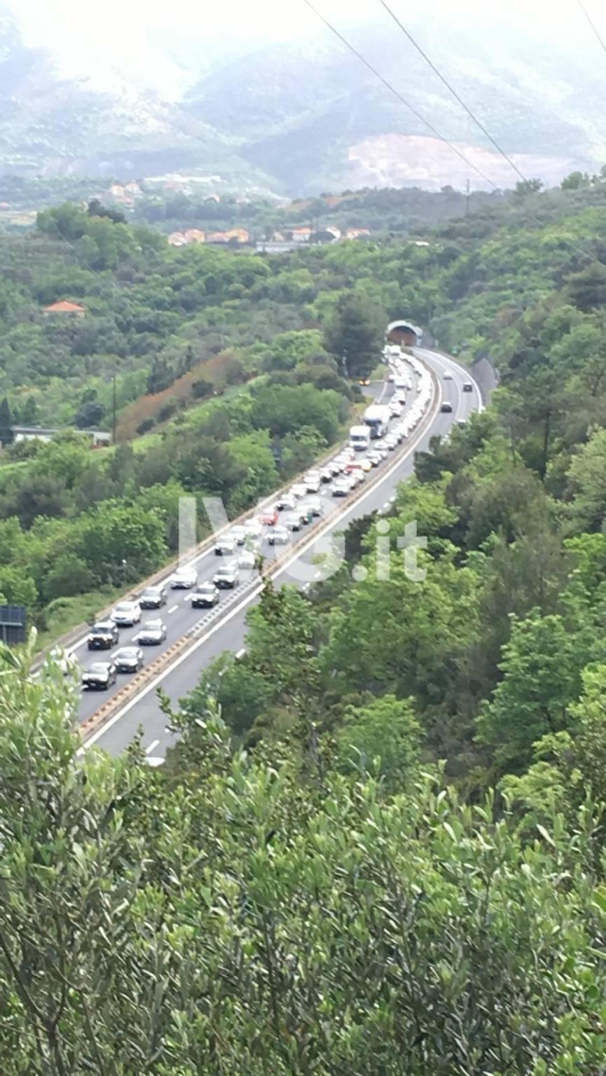 Coda Autostrada Pietra