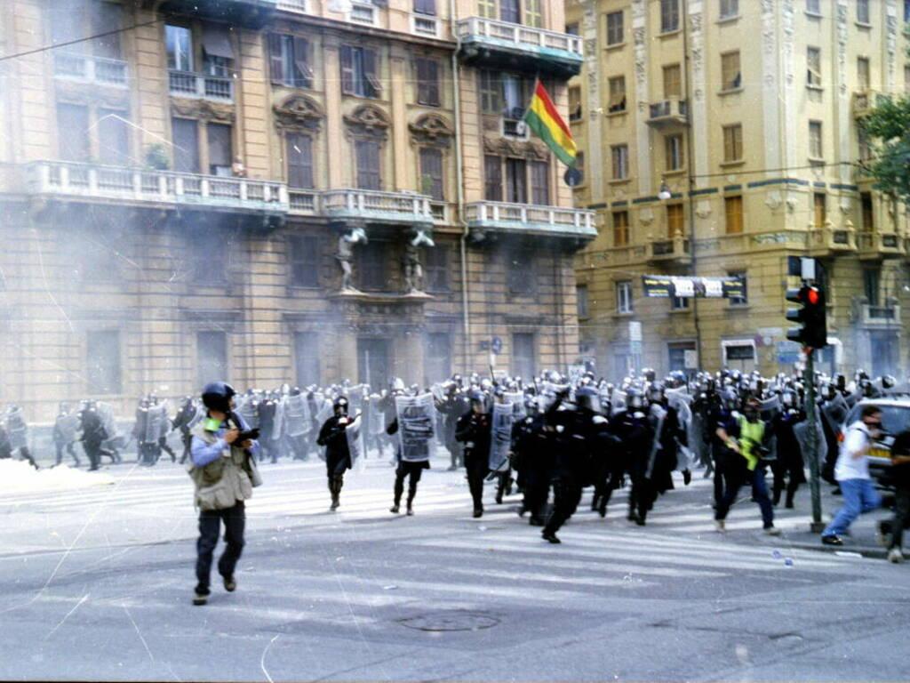G8 Genova 2001 (foto credits, Ares Ferrari per Wikipedia)