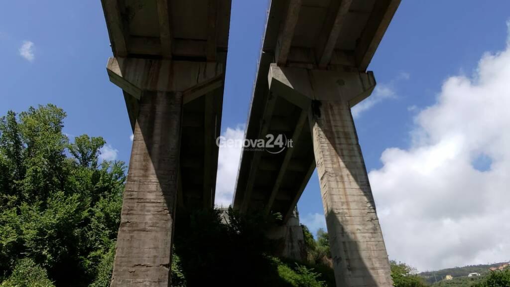 Il viadotto Valle Ragone dell'autostrada A12