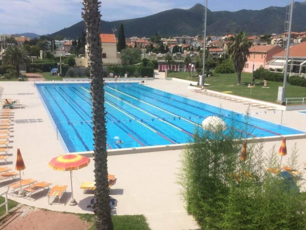 piscina loano