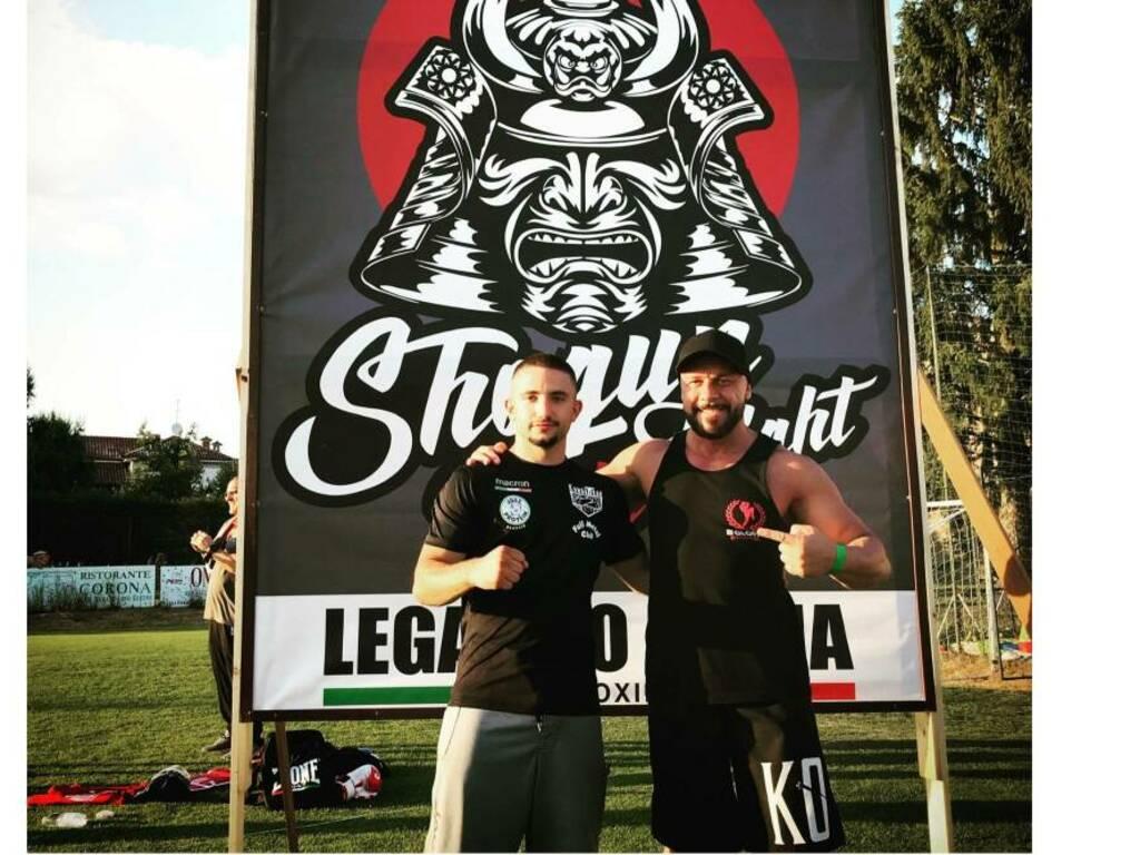a sinistra l'atleta Samuele Iorio, a destra il coach Alessandro De Blasi