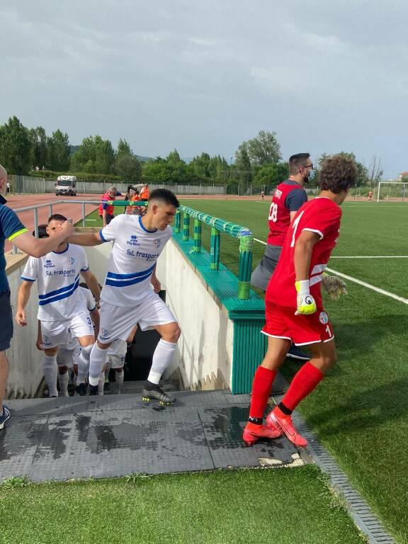 Calcio, Eccellenza: alcuni momenti di Cairese-Ligorna