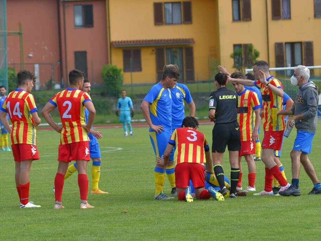 Calcio, Eccellenza: la semifinale Cairese-Finale