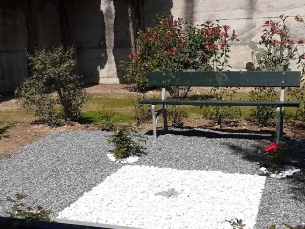 cimitero loano dispersione ceneri