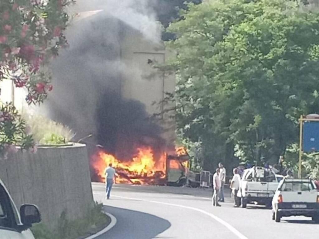Esplosione incendio camper Zuccarello