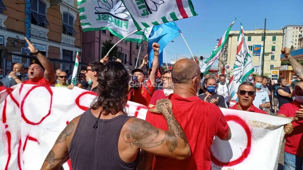 Ex Ilva, secondo giorno di sciopero e blocco della Guido Rossa