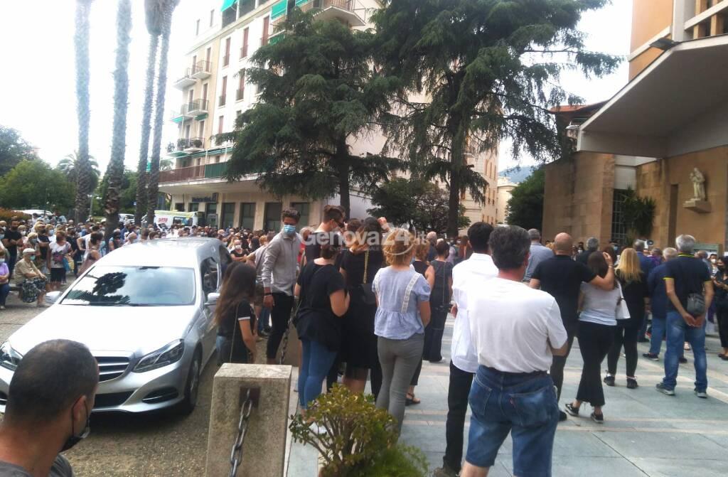Funerali Camilla Canepa