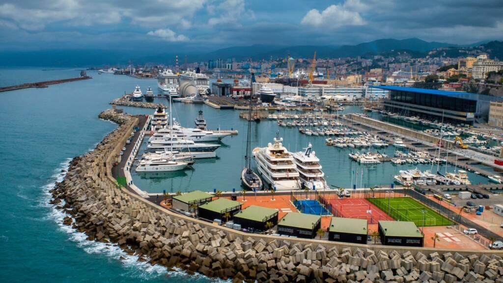waterfront marina amico super yacht