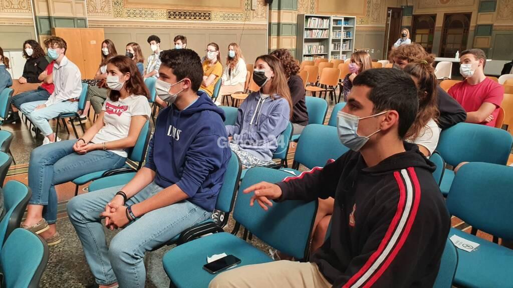scuola ragazzi mascherine