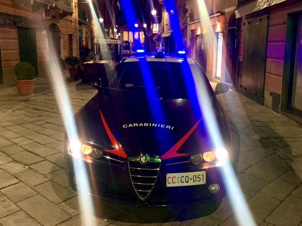 carabinieri notte, radiomobile