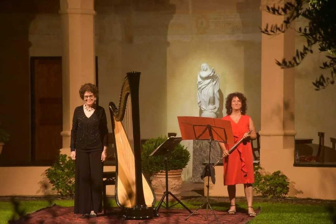 2Vintage duo musicale Loredana Cardona flautista Metella Pettazzi arpista