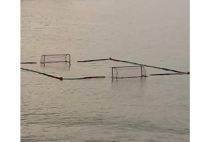 pallanuoto in mare aperto