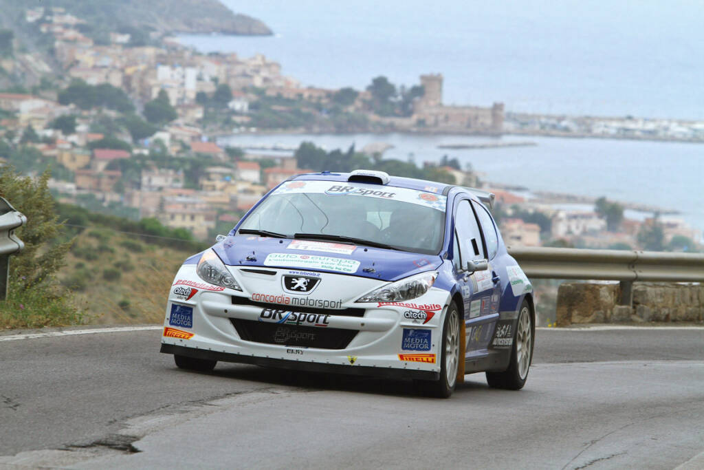 Rally di Alba con piloti savonesi