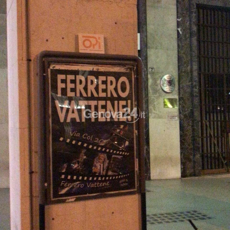 """Sampdoria, Genova tappezzata di manifesti con la scritta """"Ferrero vattene"""""""