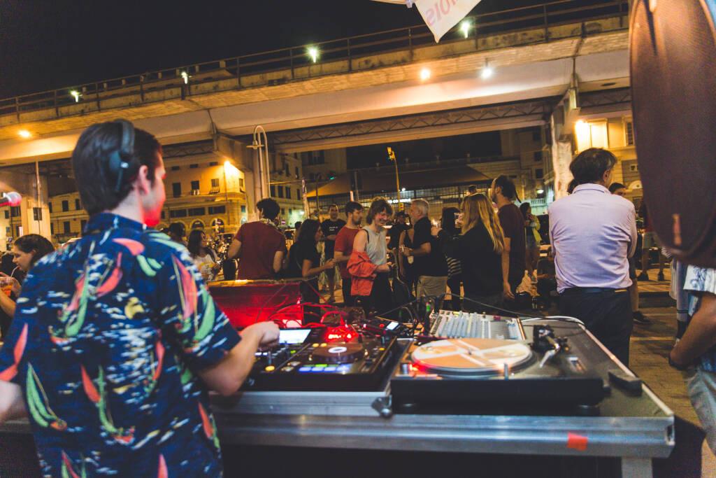 "Darsena, venerdì 23 luglio prosegue \""Fish&Djs\"" con i dj set dal vivo di Luwei ed Esteway"
