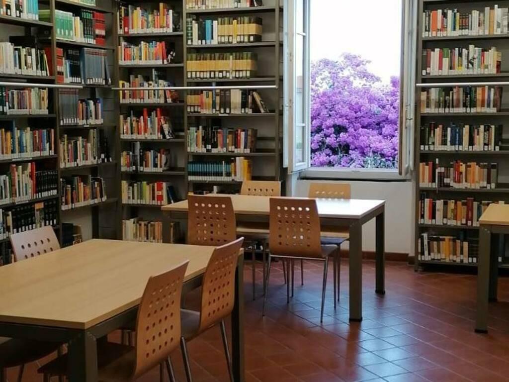 Biblioteca Borgio Verezzi