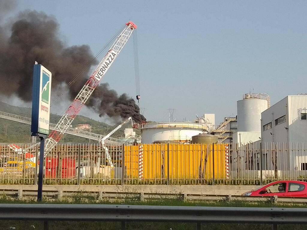 Incendio Tirreno Power