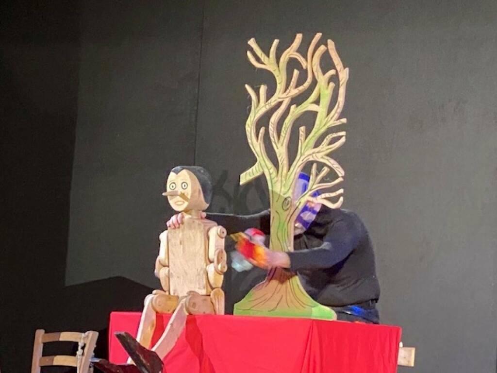 """Genova """"Pinocchio - Una fiaba sonora"""" spettacolo teatrale Andrea Benfante"""