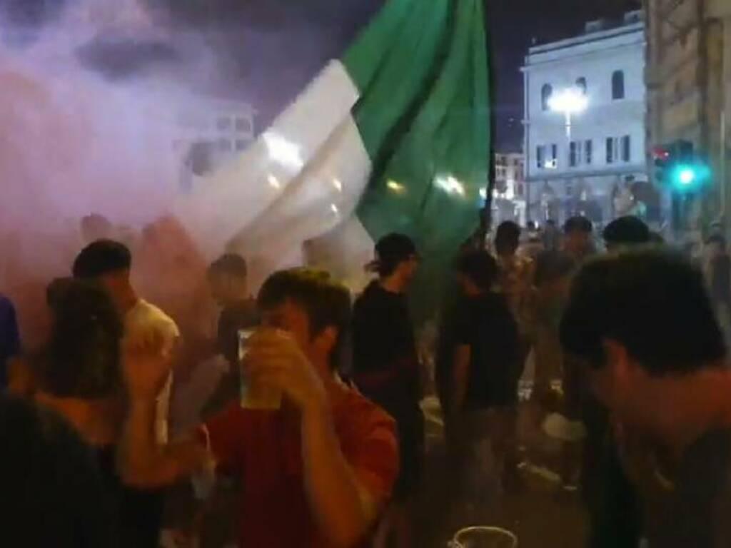 Italia in finale euro 2020 tifosi in delirio a De Ferrari