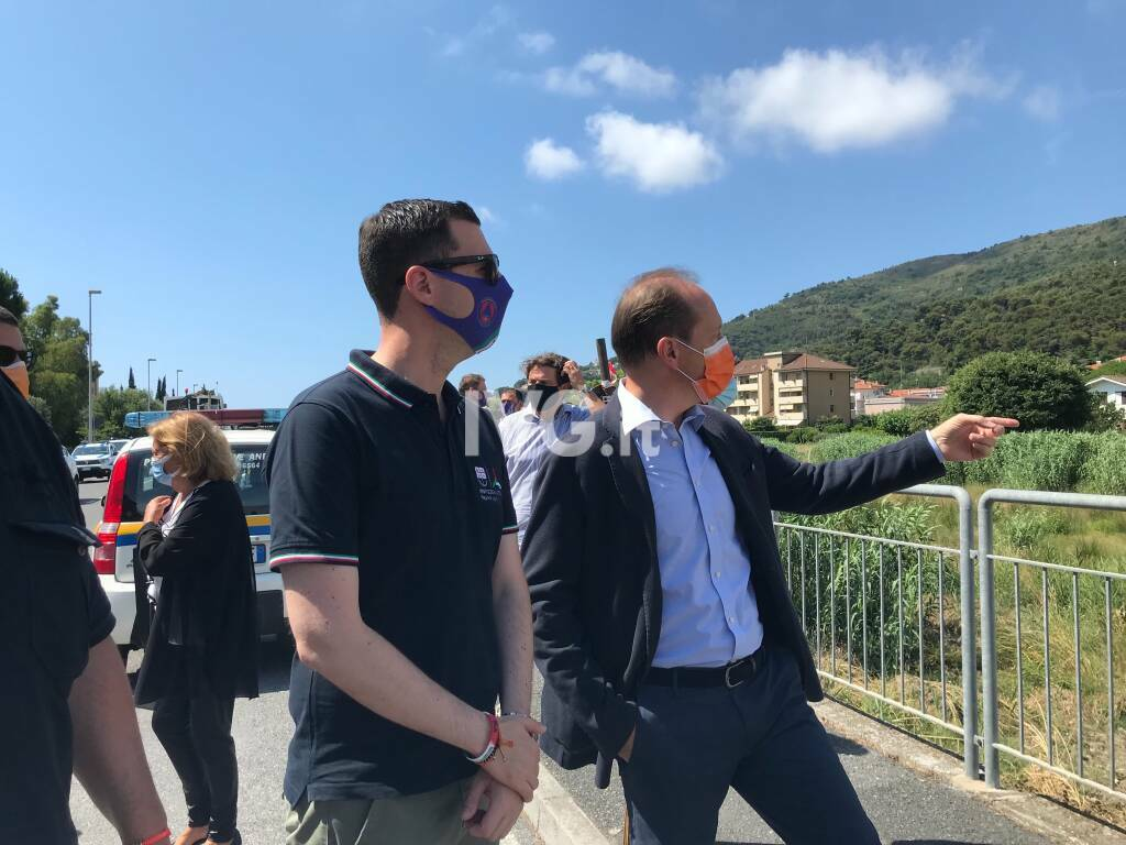 L'assessore regionale Giampedrone ad Andora