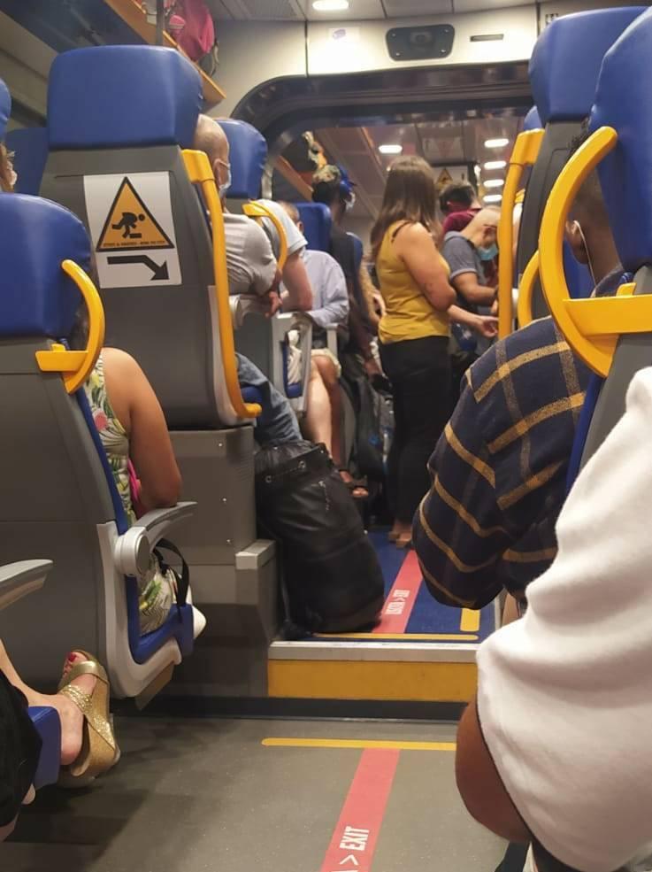 treni sovraffollati