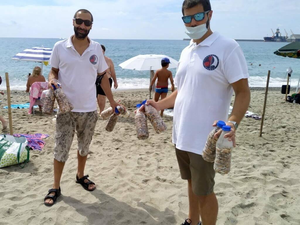 """Albisola Superiore """"In spiaggia senza filtri"""" campagna Assonautica"""