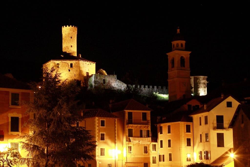 Campo Ligure Castello Spinola notte