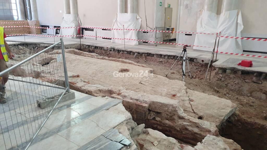 """Resti di Genova medievale sotto il """"Museo della Città"""", stop al cantiere e progetto da rifare"""