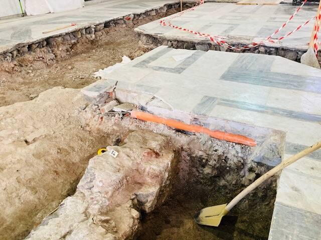 scavi loggia banchi