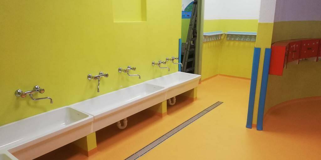 bagni scuola asilo recco