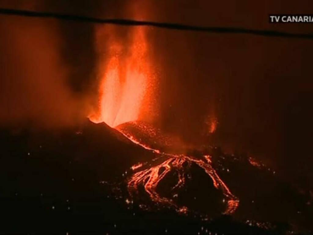 eruzione vulcano