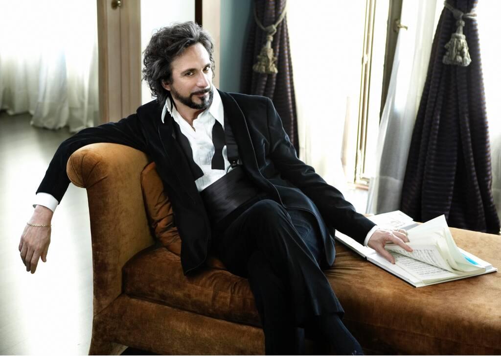 Fabio Armiliato tenore Genova