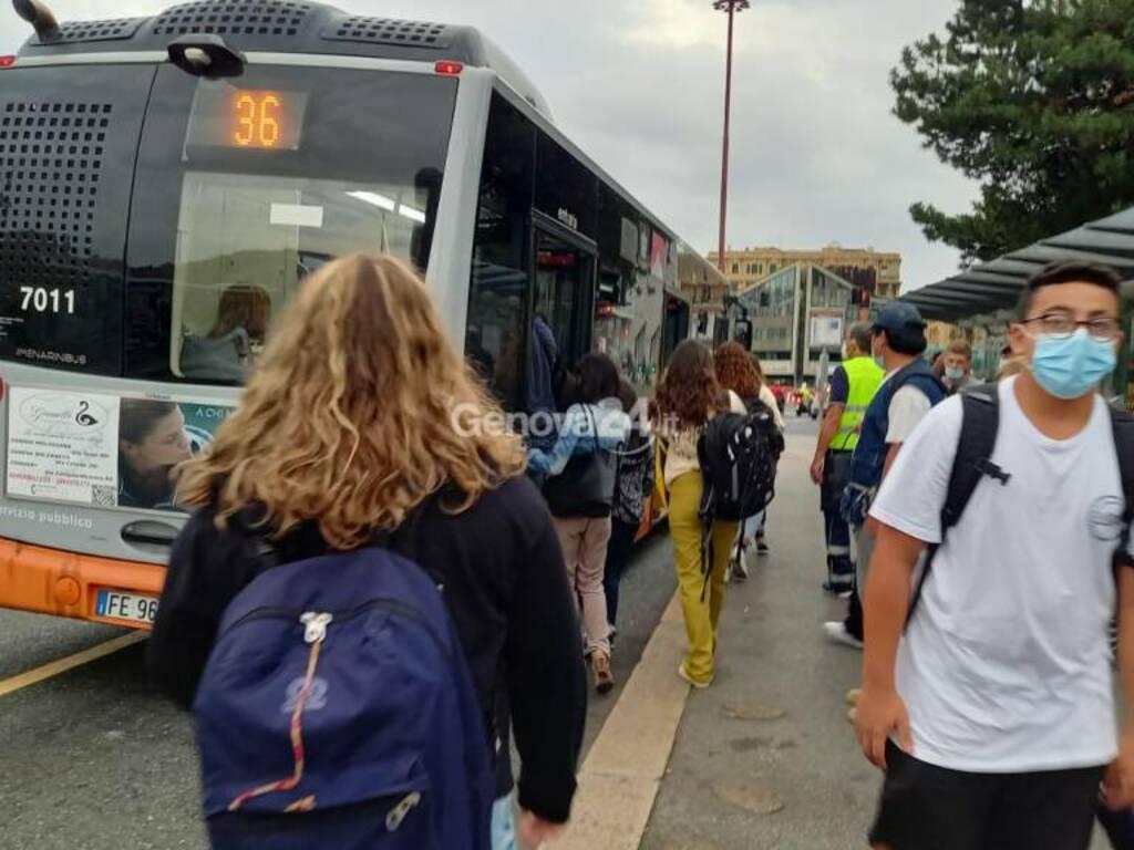 autobus, studenti, primo giorno di scuola