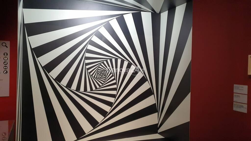 Mostra Escher Palazzo Ducale