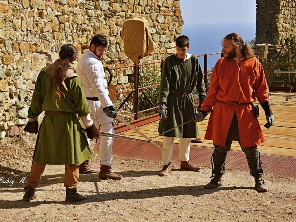 """Noli """"Medioevo al Castello"""" rievocazione storica"""