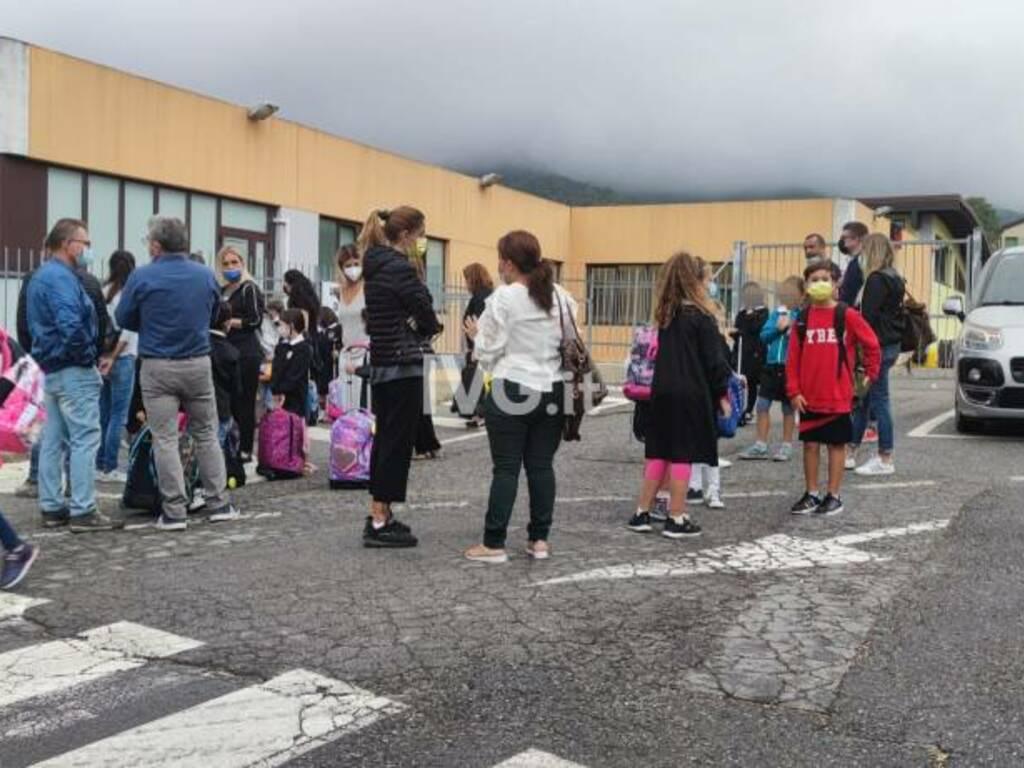 Stella protesta genitori scuola