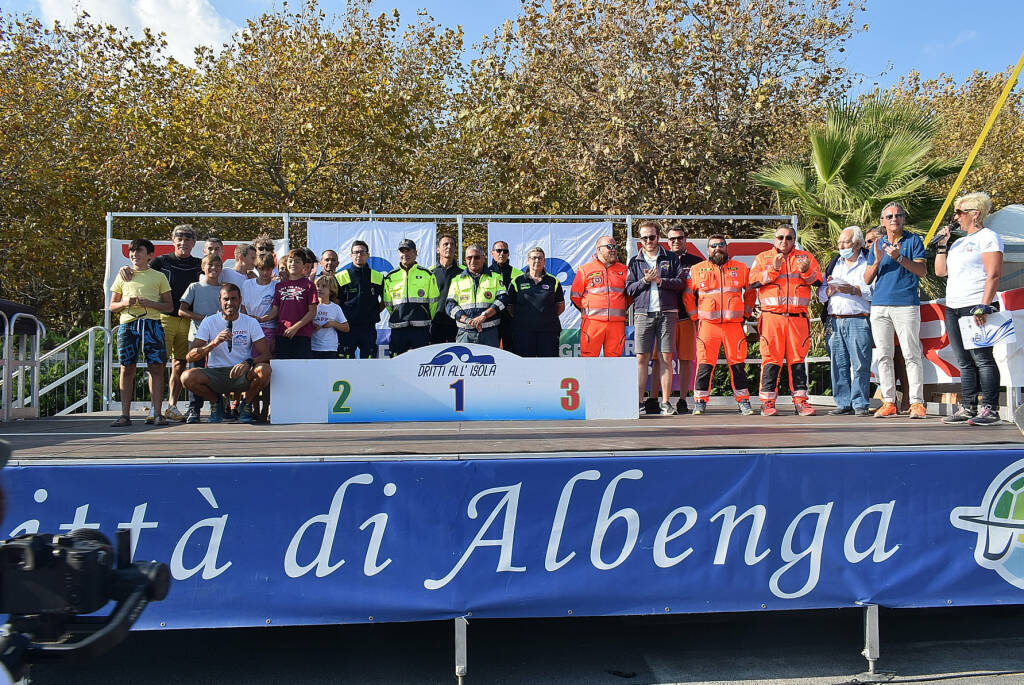Dritti all'Isola Albenga