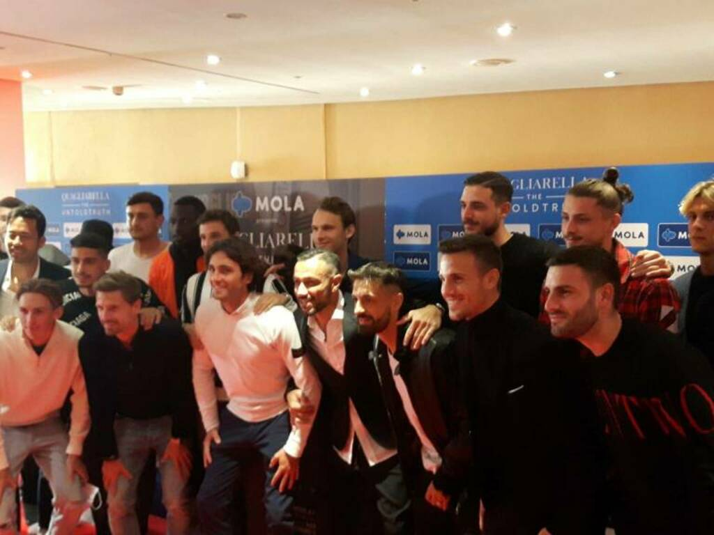 Sampdoria, Quagliarella moved to the premiere of the documentary that also tells the drama of stalking